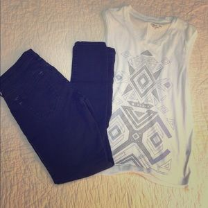 J.crew muscle graphic tank XS or small white